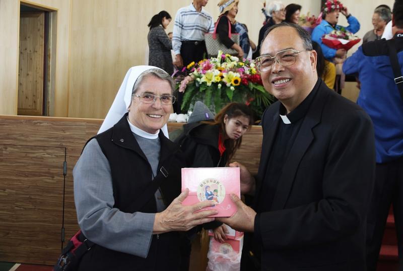 https://hualien.catholic.org.tw/uploads/tadgallery/2019_04_19/1055_20190416038.JPG
