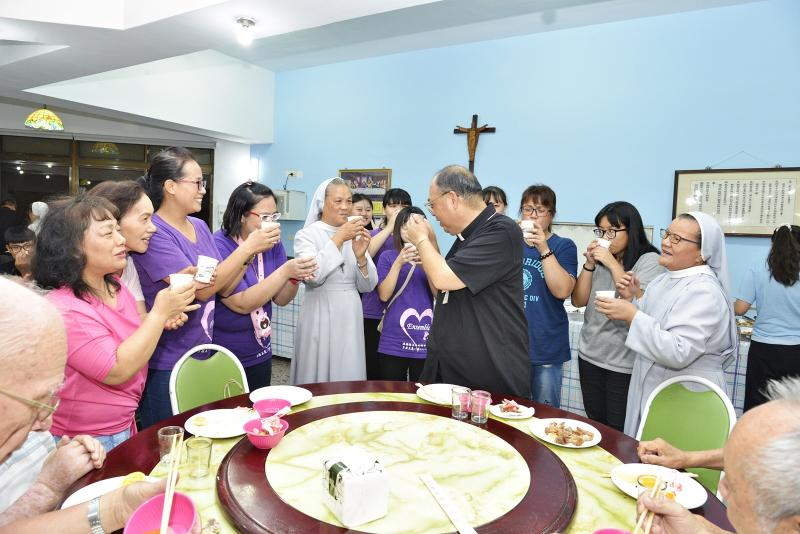https://hualien.catholic.org.tw/uploads/tadgallery/2019_08_27/2873_20190823032.JPG