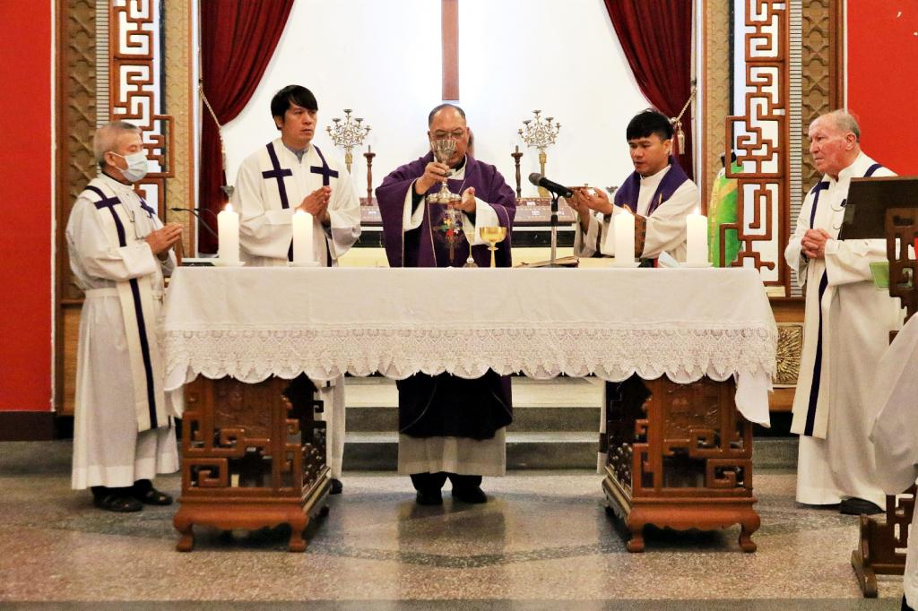 https://hualien.catholic.org.tw/uploads/tadgallery/2020_11_05/3647_1091103014.JPG